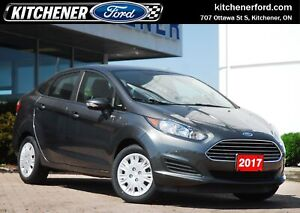 2017 Ford Fiesta SE LOW KM/SE/MANUAL/PWR OPTNS/HEATED SEATS