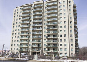 Luxury Living in Cambridge ~ in-suite laundry and A/C included!