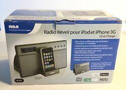 New Vintage RCA RC65i-iPod/iPhone 3G Alarm Clock Radio Player and Charging Dock