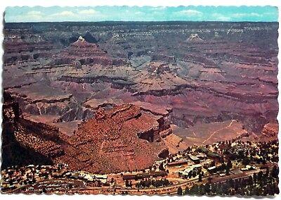 Grand Canyon Village, Arizona Postcard A823