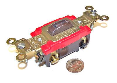 Leviton 1224-2l Nos 4 Way Brown Key Locking Toggle Switch 20a 2p 120277vac No K