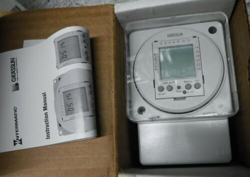 GRASSLIN 24 HR TIME SWITCH    NEVER INSTALLED   COND.     FREE SHIPPING