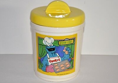 Cookie Monster Sesame Street cannister 1980 cookie jar Nice condition 137 Cookie Jar Cannister