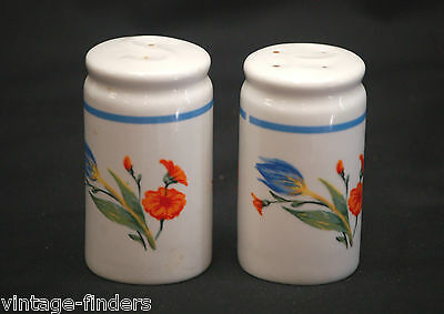 Vintage Salt & Pepper Shakers Set w Floral Pattern Design Kitchen Tool Decor