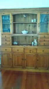 Buffet and hutch. Oak (from early settler). 2 peices. Bulimba Brisbane South East Preview