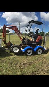 Toowoomba Excavator Hire, $180/day Top Camp Toowoomba City Preview