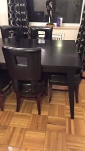 Beautiful Black Dining Room Set!