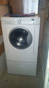 Laveuse-secheuse Kenmore frontale