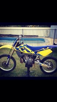 Quick sale 04 husqvarna cr250 2t Caves Beach Lake Macquarie Area Preview