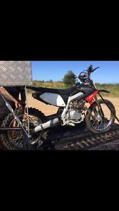 Crossfire cf 250 elect start,  kickstart, key motorbike North Lakes Pine Rivers Area Preview