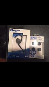 PS4 headset and thumb grips