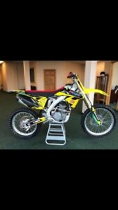Want: Blown up 2 stroke dirtbikes