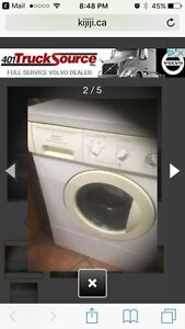 Washer & dryer mint condition