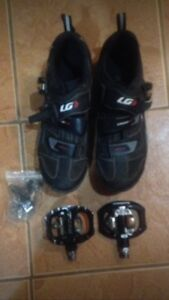 Mountain bike shoes and pedals