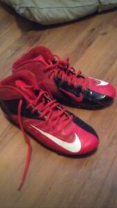 Red+black NIKE size 7 football cleats