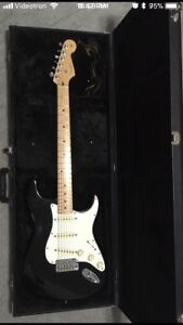 2013 Fender American Standard Stratocaster with hard case
