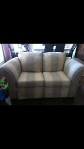 Love seat and couch  Cambridge Kitchener Area image 2