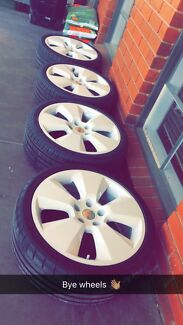 "19"" Holden Vy Sigs (White)"