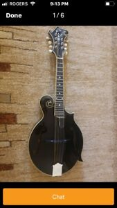 Loar LM 600 with case and candy