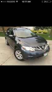 2011 Nissan Murano, mint!! Low kms!!