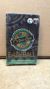 UNOPENED 1993 MLB baseball card pack