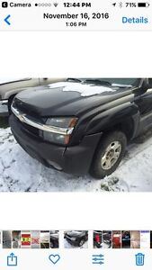 2005 Chev Avalanche -PARTS ONLY