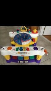 Step and Play Piano- Fisher Price