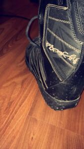 Firefly snowboard boots (men's size 8)