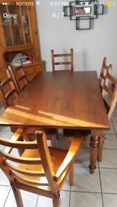 Solid pine table w/extension & 6 chairs