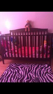 4 in 1 crib (with waterproof mattress)
