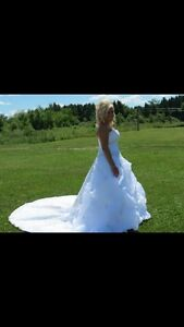 Wedding dress from Winchesters for Sale