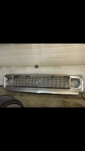 71-72 Chevy pickup grill