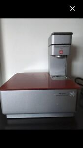 Illy touch expresso machine