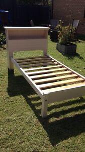 Kids single bed and mattress Arthurs Seat Mornington Peninsula Preview