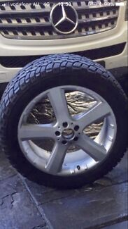Wheel & Tyre 20inch to suit Merc