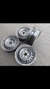 4 15 inch rims off of 2013 Focus