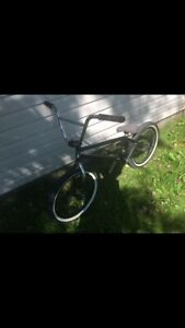 Mint condition Bmx bicycle ! ( UNITED KL40 expert)