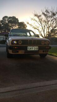 1990 BMW E30 318
