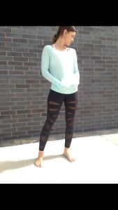 Lululemon chai time II pullover  size 6