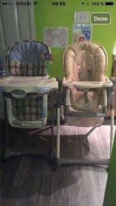 2 chaises hautes et 2 chaises d'appoint