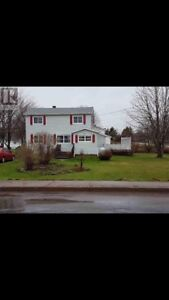3 bedroom home in beautiful Lewis Point (Charlottetown)