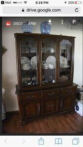Gorgeous immaculate Rosewood Gibbard  china cabinet