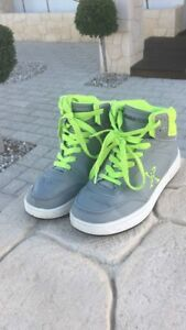 Rollerblade Shoes - Sz 5