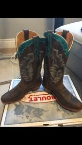 Brand new never been worn boots