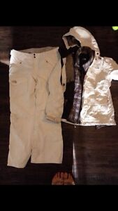 Ladies size lg north face snowsuit