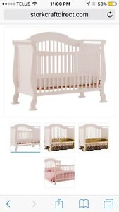 Valentia 4-in-1 Convertible Crib & SouthShore Changing Table