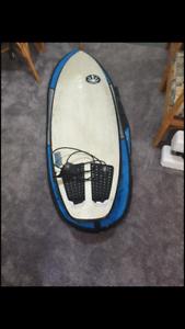 6 foot surfboard Volume 39L