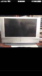 Selling my Sony tv for sale