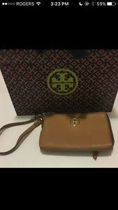 Tory Burch - Robinson Pebbles Zip Coin Wallet