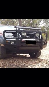 NAVARA D22 BULL BAR WITH FOG & INDICATOR LIGHTS $950 was $1500 Coopers Plains Brisbane South West Preview